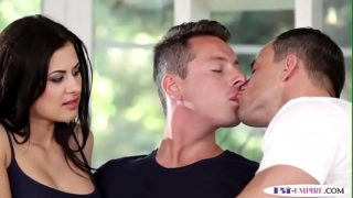 Ripped bisexual hunk tugged while pounded
